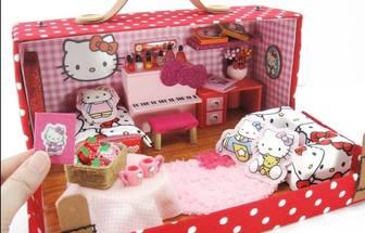 用廢舊鞋盒給凱蒂貓做迷你房間