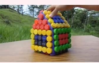 利用汽水瓶蓋做DIY小房子