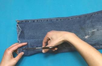 怎样利用旧牛仔裤DIY宝宝漂亮连衣裙
