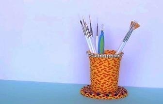 用一次性杯子DIY簡易筆筒