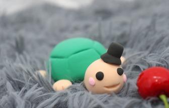 用粘土做一只非常紳士的小烏龜