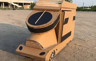 用紙板制作DIY微型房車