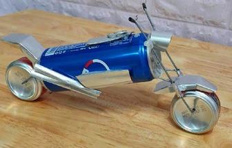 教你用易拉罐DIY摩托車