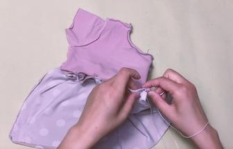 舊衣服用來DIY女寶寶的連衣裙