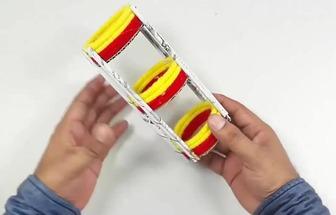 實用廢報紙和毛線一起DIY簡單的置物架