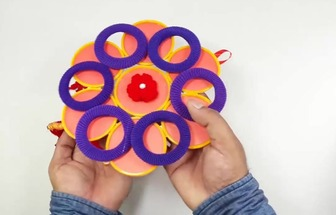 手環圈和頭繩DIY漂亮的墻掛裝飾