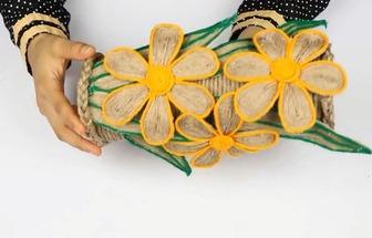 用薯片盒和麻繩DIY好看的花瓶裝飾