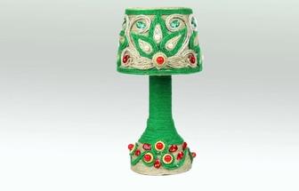 用一次性碗和卷紙筒DIY好看的臺燈擺設