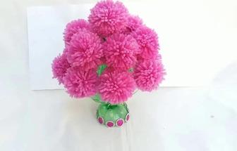 如何做粉粉噠毛線球花藝擺件