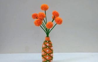 用塑料瓶和羊毛線DIY漂亮的花藝擺件