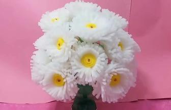 做一盆美麗的泡棉盆栽花