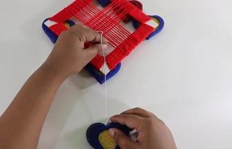 紙板毛線做有趣的手編墻壁掛飾
