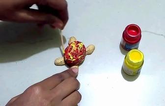 幼兒園手工:花生殼核桃殼小烏龜