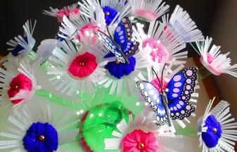 廢塑料瓶DIY漂亮的蝴蝶與花擺件