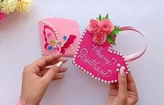 用彩紙DIY漂亮的愛心玫瑰賀卡