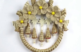 使用塑料管和麻繩制作圣誕節掛飾