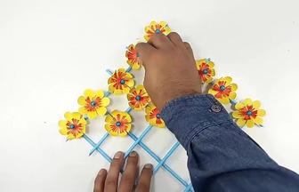 用彩紙DIY壁掛創意裝飾