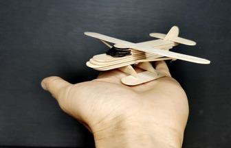 如何用雪糕棒制作固定翼飛機