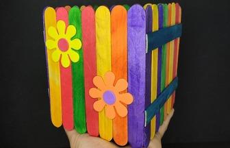 用小小雪糕棒創意制作雜物箱教程