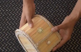 用紙板和雪糕棒DIY珠寶收納盒