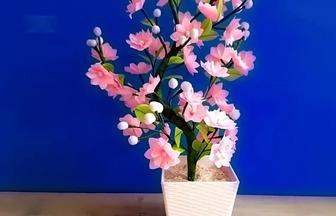 利用廢塑料袋DIY開滿鮮花的桃樹