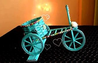 用廢報紙折出漂亮的三輪車模型
