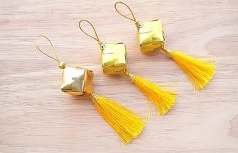 彩帶香包掛件的折疊方法